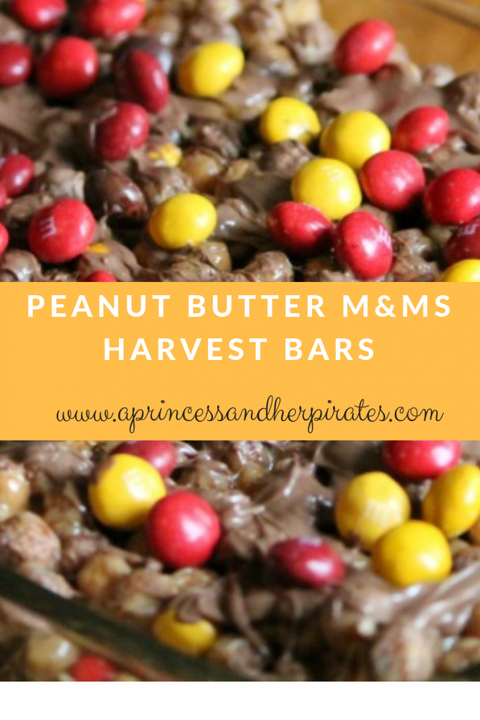 Peanut Butter M&Ms Harvest Bars are perfect for your #Halloween table!