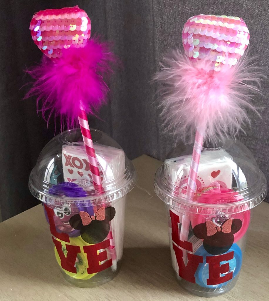 Minnie Mouse Valentine Treat Cups