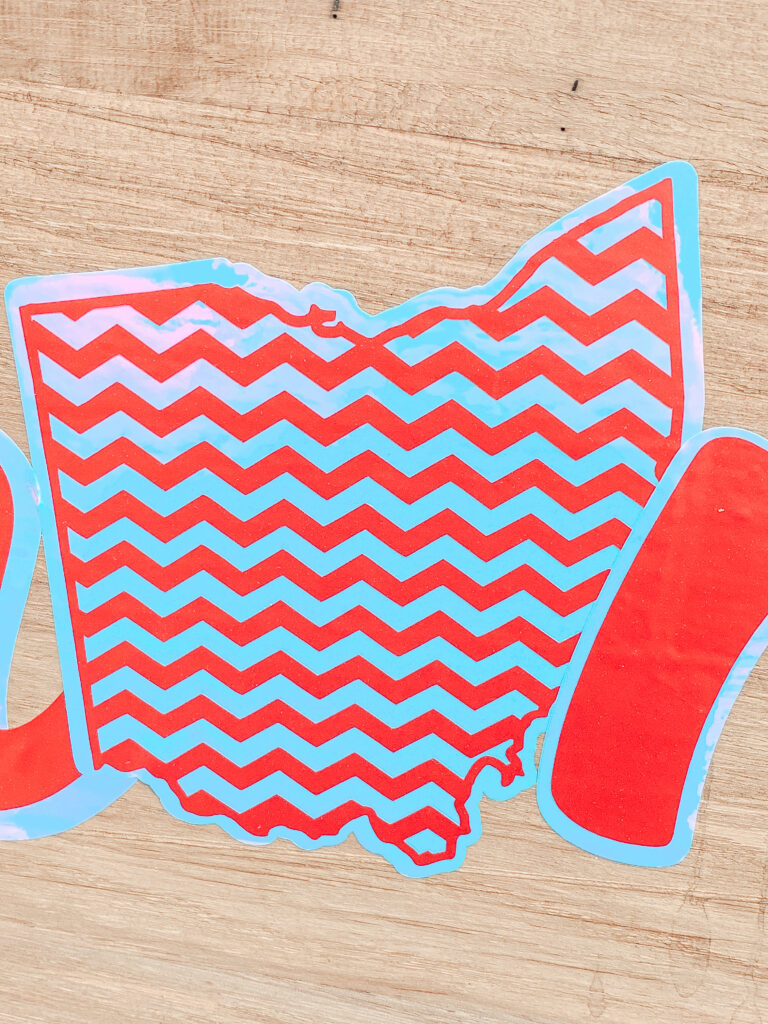 DIY Summer Serving Tray AND Tips on How to Layer Vinyl